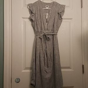NWT Gray and white stripped dress